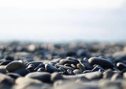 Камушки на пляже
