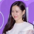 【フォト】ソン・イェジンら、今年の韓国映画界を彩った3人の映画女優