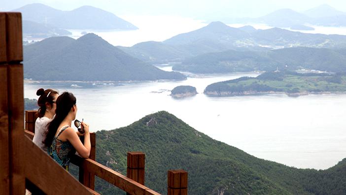 Ausblick vom Berg Mireuksan (Quelle: Tongyeong City Hall)