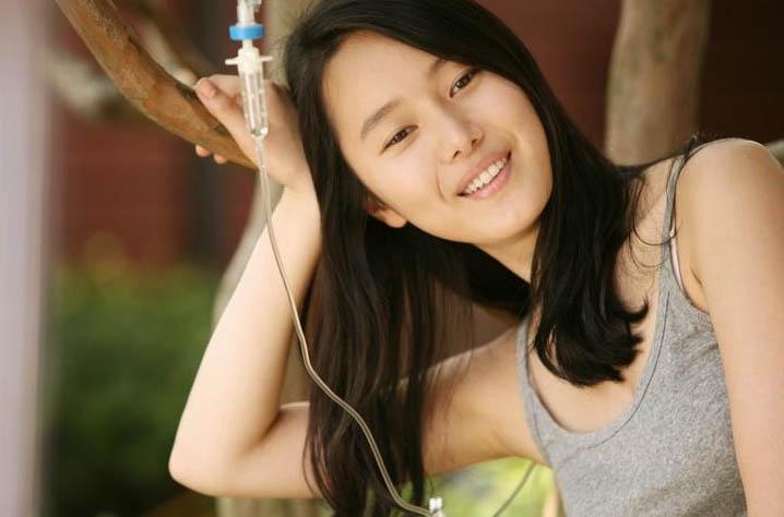 Yoon Jin-seo (윤진서)