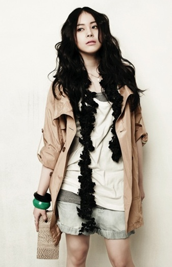 Heo Yi-jae (Huh E-jae 허이재)