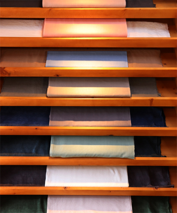 <em>Sochang</em> cotton cloths in diverse colors
