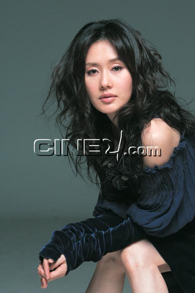 Kim Ji-soo (김지수)