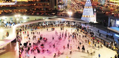 韩国冬季,享受滑冰&滑雪橇的乐趣