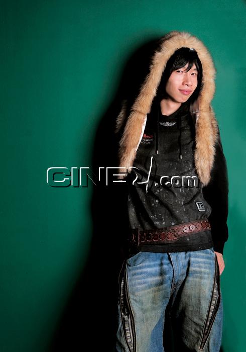 Bong Tae-kyu (봉태규)