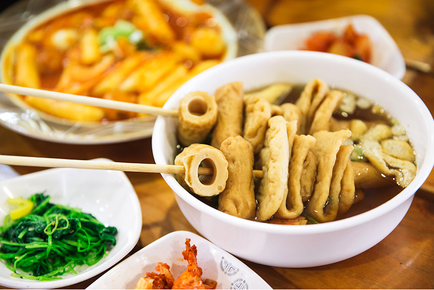 Популярные блюда на горнолыжных курортах: суп «омуктхан», рамён и «чимэк» (курочка с пивом)