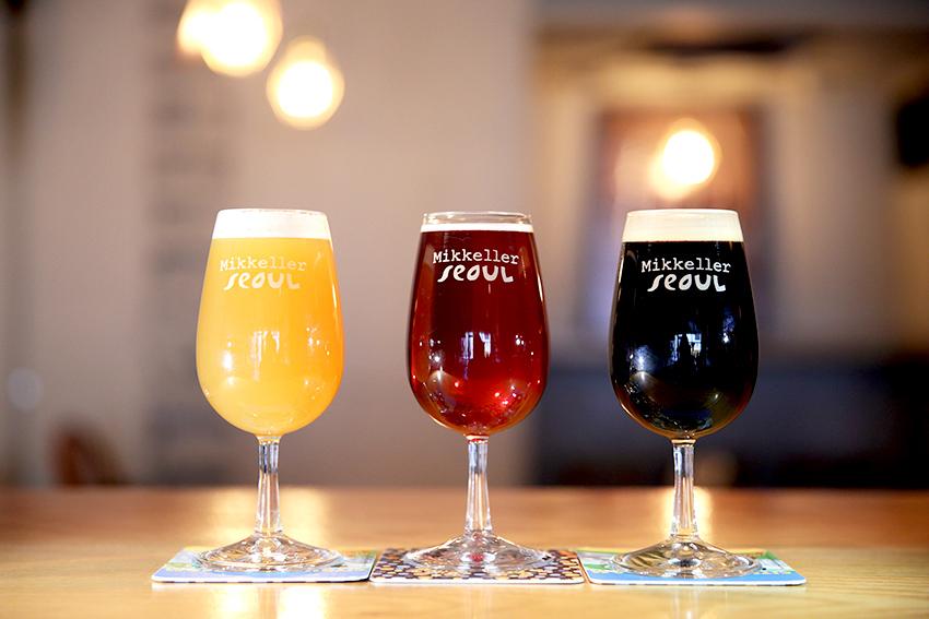 Разновидности пива и закуска Eggs in Hell