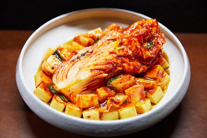 Naissance et évolution du kimchi au sein de l'espace des expositions au 4ème étage