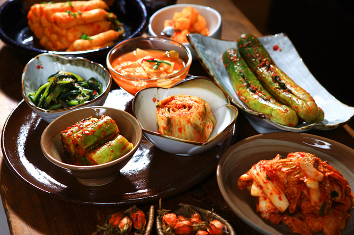 Various types of kimchi