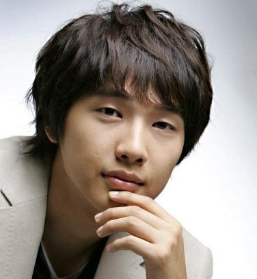 Ji Hyun-woo (지현우)
