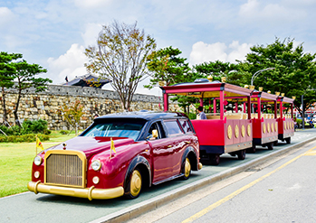 Photo: Hwaseong Forest Tourist Trolley (Credit: Suwon-si)