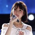 孝利家民宿,25岁的IU暂时回归歌手身份,成为舞台之星