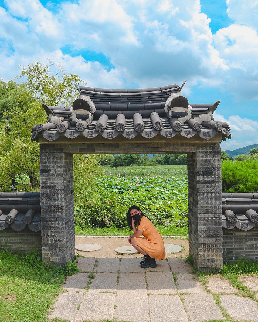 Entrée Sehanjeong du parc Semiwon