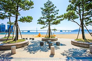 Photo: Views of Gwangalli Beach