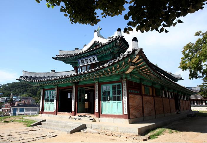 大韩圣公会江华圣堂的面貌