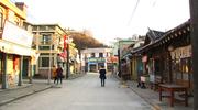 穿梭于胡同中感受韩国文化