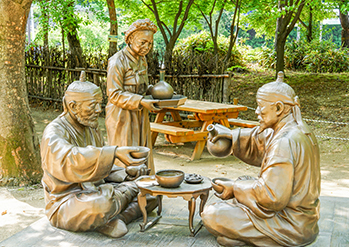 Photo: Statue of daily life in the past