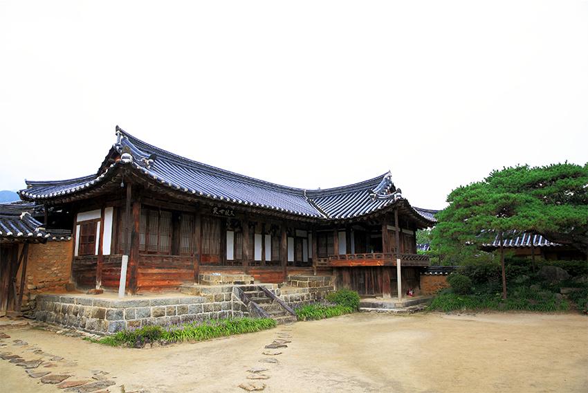 Старинный дом Ильду