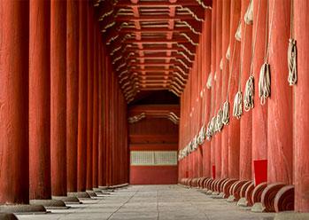 Pillars of Jeongjeon building