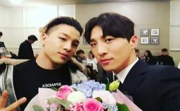 <strong>Big Bang′s Taeyang Poses Affectionately with Brother Dong Hyun Bae</strong>