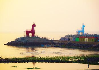 梨湖木筏海邊夕陽