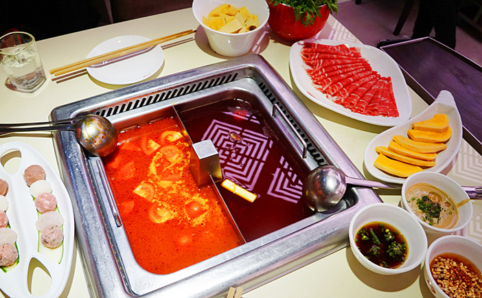 Enjoy hot pot according to your preference