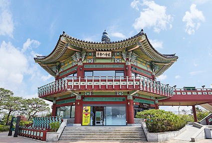 Pavillon Bugak Palgakjeong