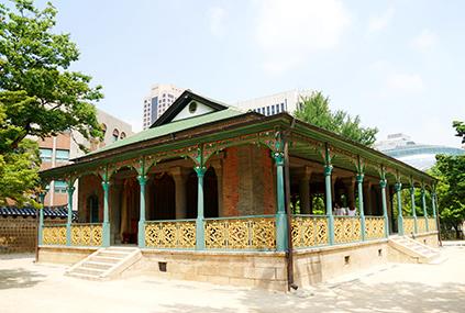 Кофейный зал Чжонкванхон