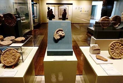 Интерьер Национального музея Кёнчжу
