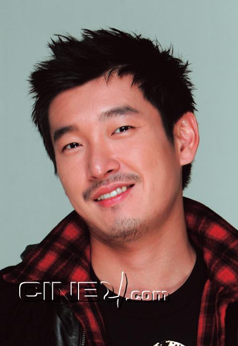 Cho Seung-woo (조승우)