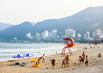 Photo: Views of Songjeong Beach