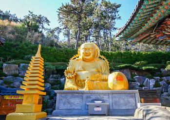 Photo: Scenes at Haedong Yonggungsa Temple