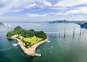 Photo: Dongbaekseom Island Vista