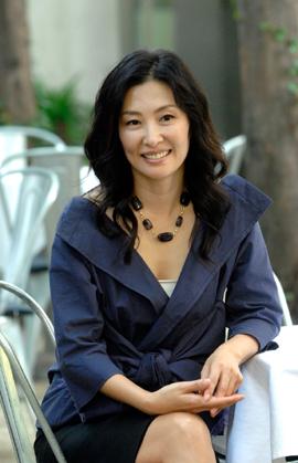 Lee Mi-suk (이미숙)