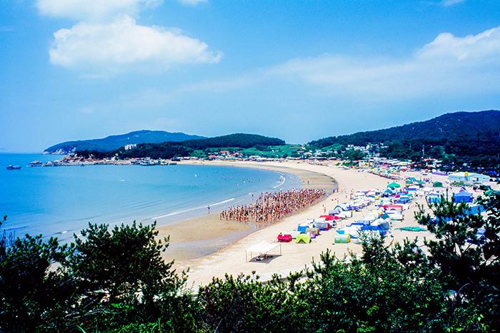 На фото) Пляж Ырванни