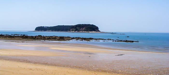 На фото) Пляж Мучханпхо