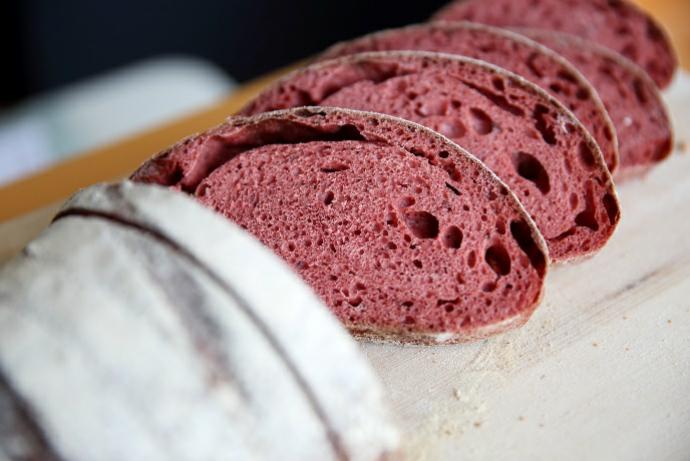 種麵包的農夫所販售的有機天然酵母麵包