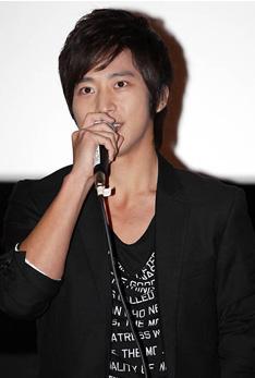 Lee Wan (이완)