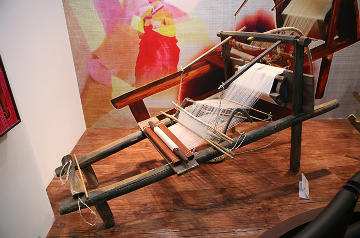 Weaving of Mosi (Fine Ramie) in the Hansan Region (Designated 2011)