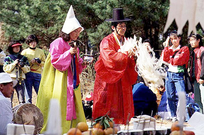 Jeju Chilmeoridang Yeongdeunggut