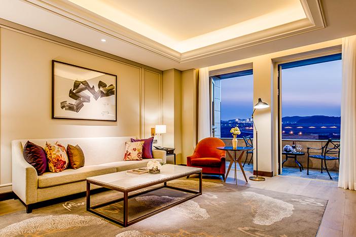 Paradise City guest rooms (credit: Paradise City)