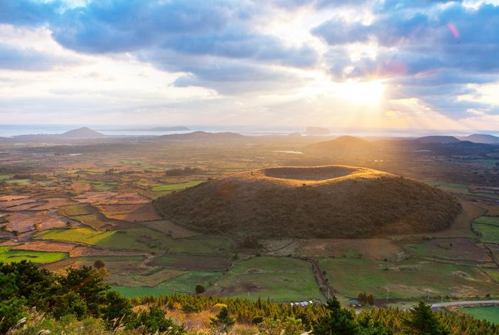 Sunrise at Akkeundarangswioreum Volcanic Cone