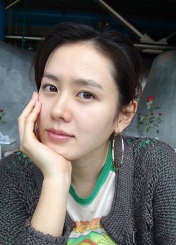 Son Ye-jin (손예진)