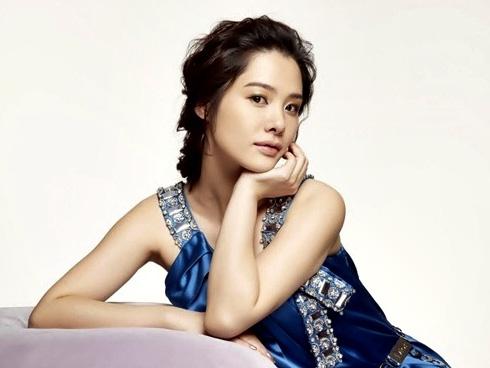 Kim Hyun-joo (김현주)
