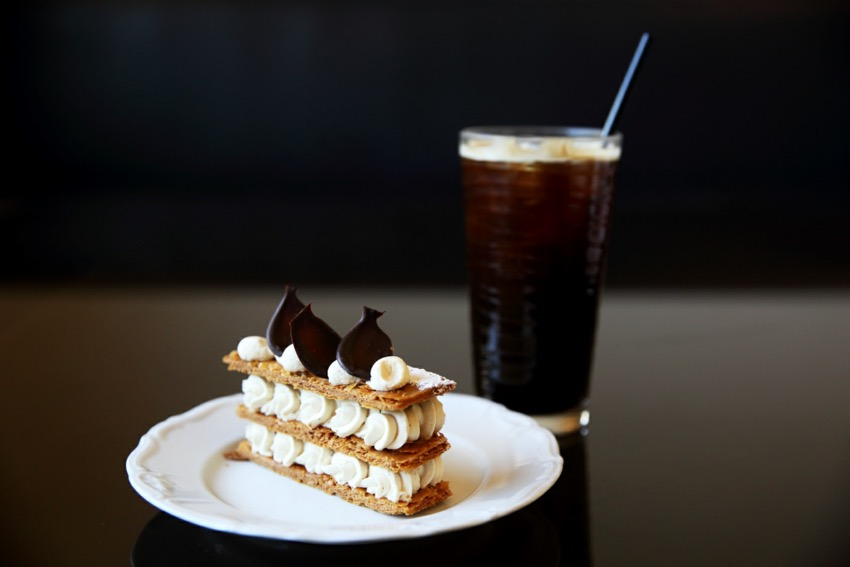 Manontroppo的甜點和飲料
