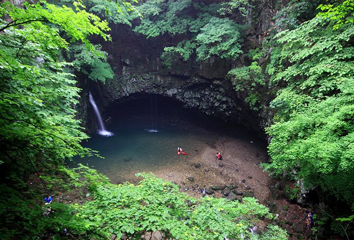 ピドゥルギナン瀑布