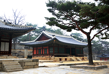 Yanghwadang Hall