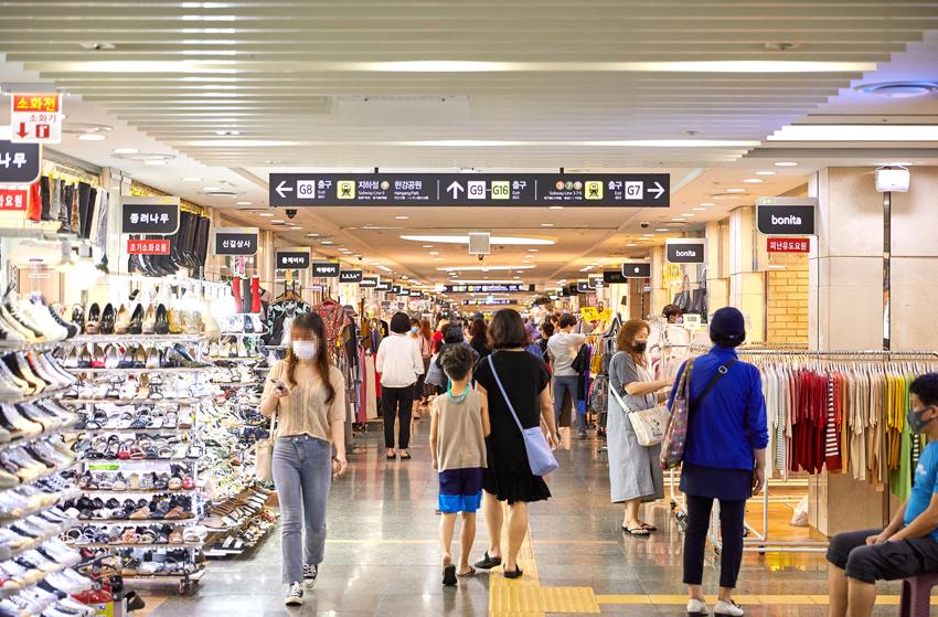 首爾的地下購物中心