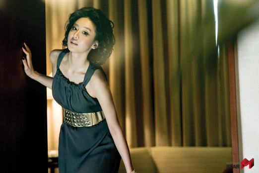 Yoon Jung-hee (윤정희)
