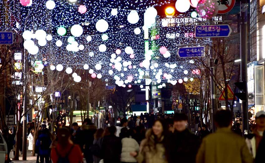 新村聖誕街頭慶典(圖片來源:西大門區廰)